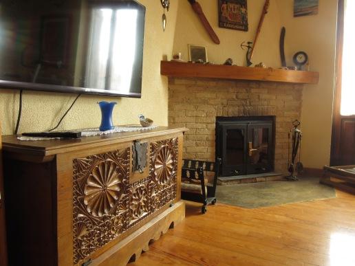 detalle del estar y la chimenea